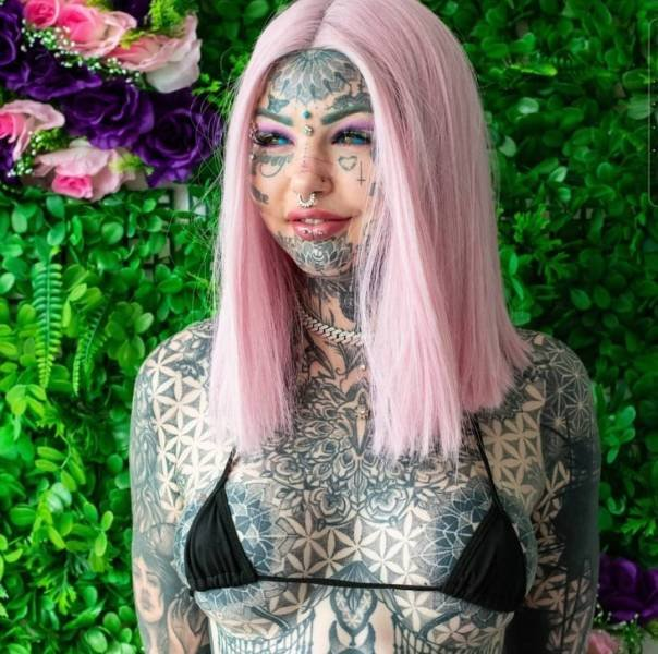 Tattoo Model Amber Luke (13 pics)
