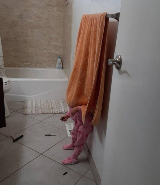 Living With Children (48 pics)
