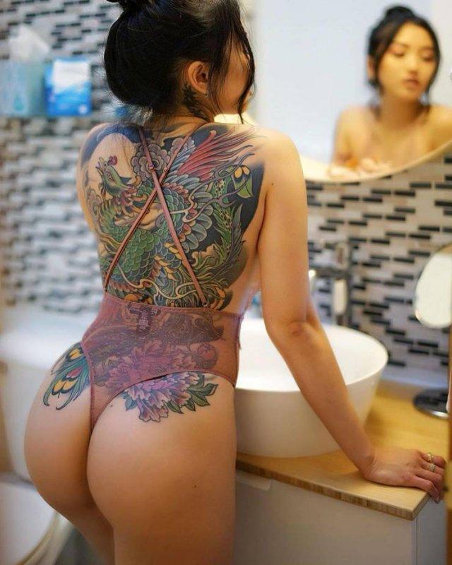 Tattooed Girls (47 pics)