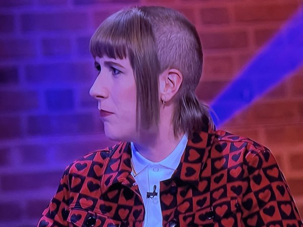Something's Wrong With These Haircuts (31 pics)
