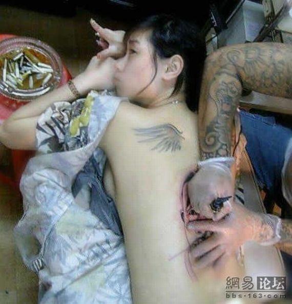 Strange tattoo (8 pics)