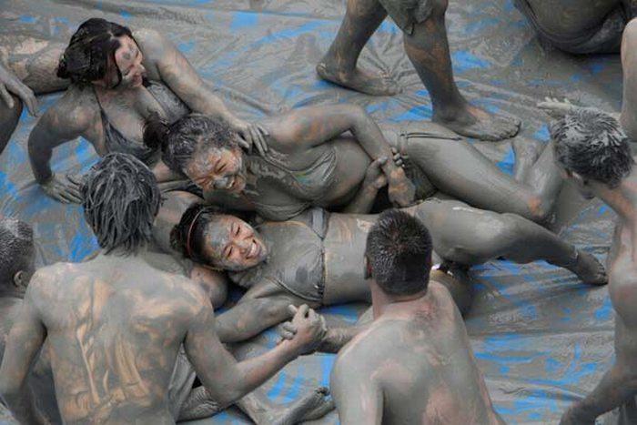 Boryeong Mud Festival 2009 (22 pics)