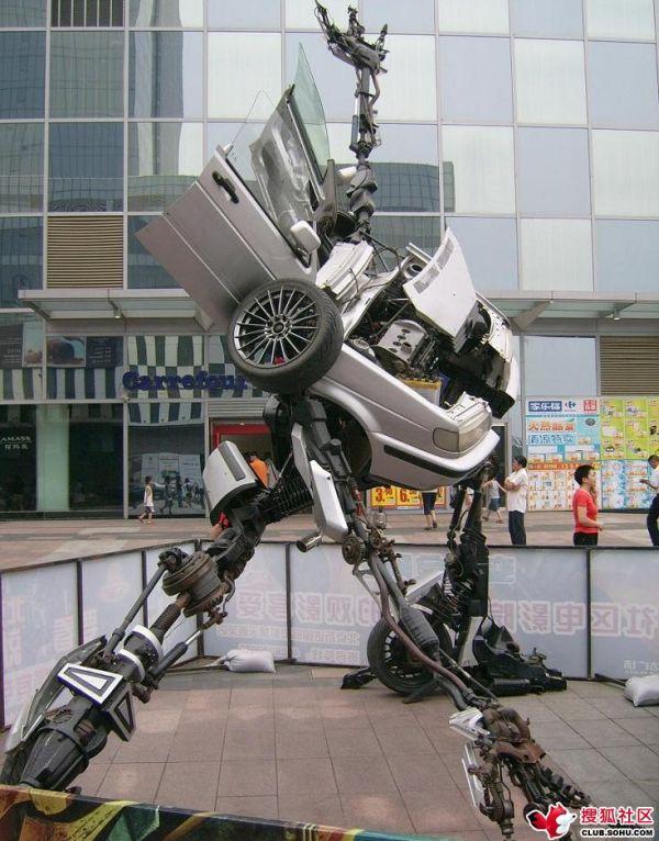 Home-made VW Passat Transformer found in Beijing (12 pics)