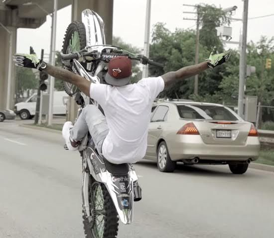 Stunt Riding Through Baltimore City Streets