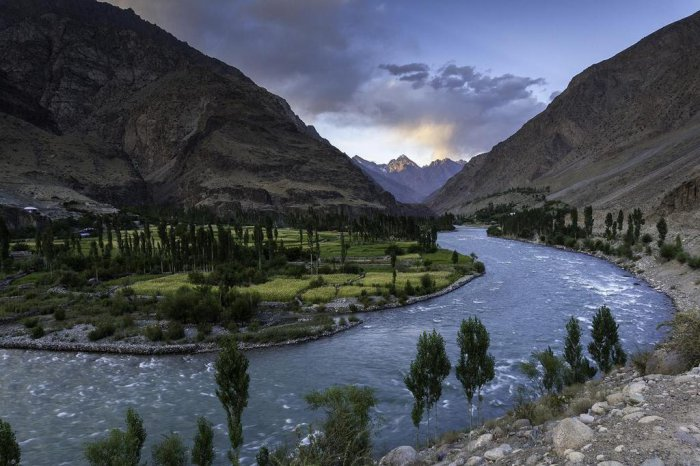 You Won't Believe That These 17 Beautiful Locations Are In Pakistan (17 pics)