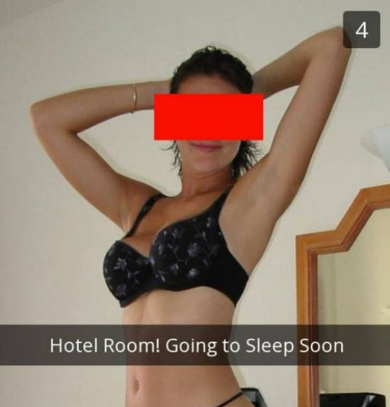 Girl Got Busted (3 pics)