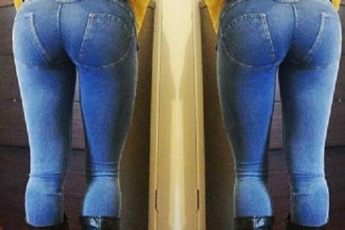 Meet The Woman With The Perfect Glutes (25 pics)