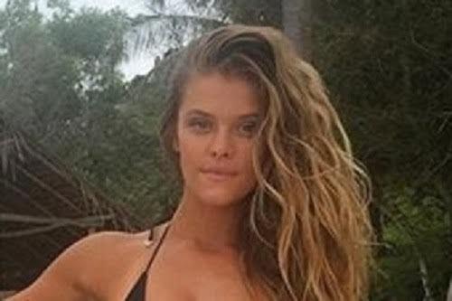Nina Agdal Stuns In Skimpy Bikini (20 pics)