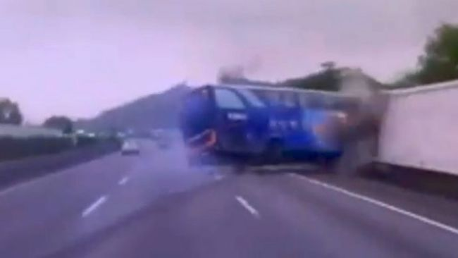 The Most Insane Bus Crash Caught On Tape