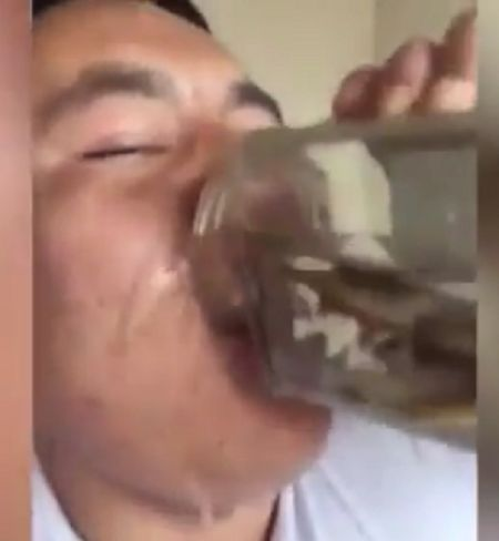 Gross: Asian Man Gulps Down A Jar Full Of Live Fish, Frogs, And Tadpoles