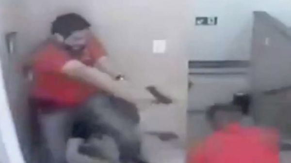 Cop Gets The Drop On Armed Robber Unloads Entire Clip