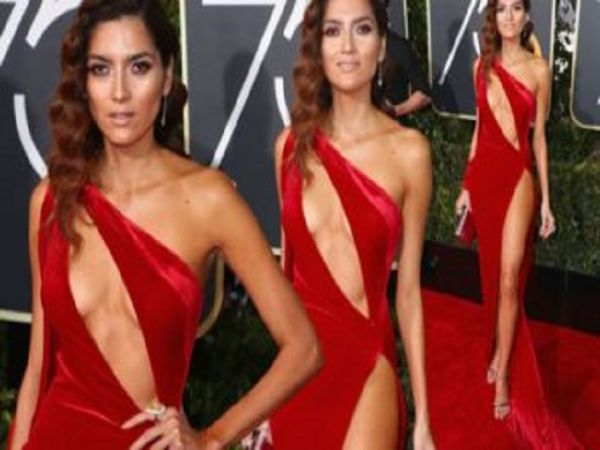 Meet The Lady Who Wore Red, While Everyone Else Wore Black (30 Pics)