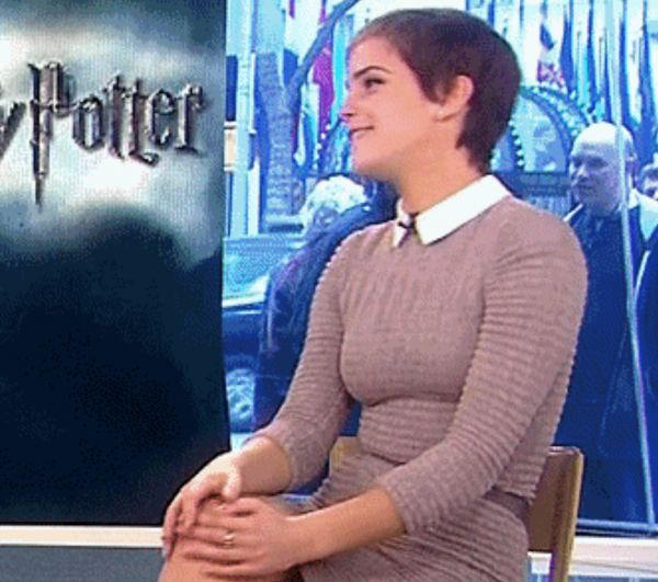The Subtle Sex Appeal Of Emma Watson (22 GIFs)