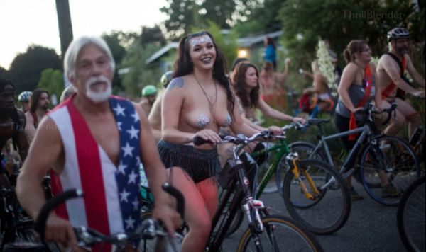 "Portland Hosted A Interesting ""World Naked Bike Ride""  (15 Pics)"