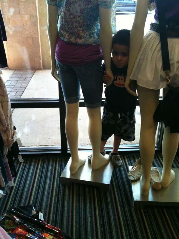 Kids Hate Shopping (25 pics)