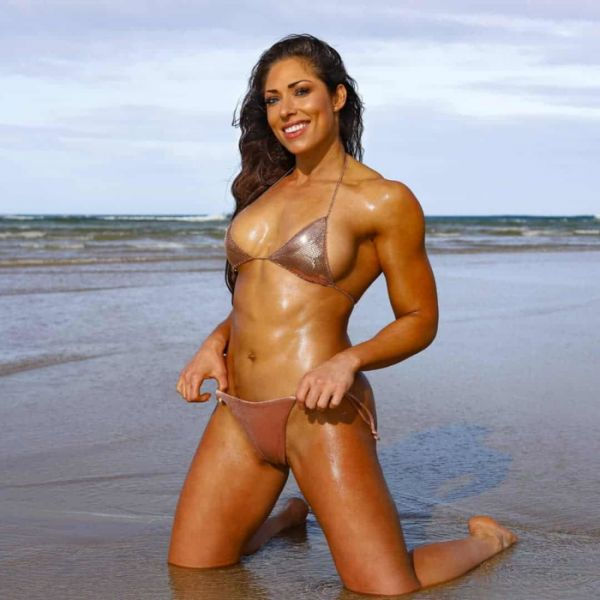 Today We Are Thankful For This Fit Babe! (24 Pics)
