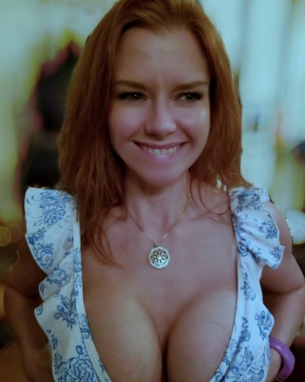 Blink Once (Slowly)  If You Like Boobs  (Pics)
