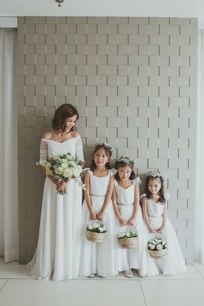 Creative Ways to Prepare Your Flower Girls Beautifully