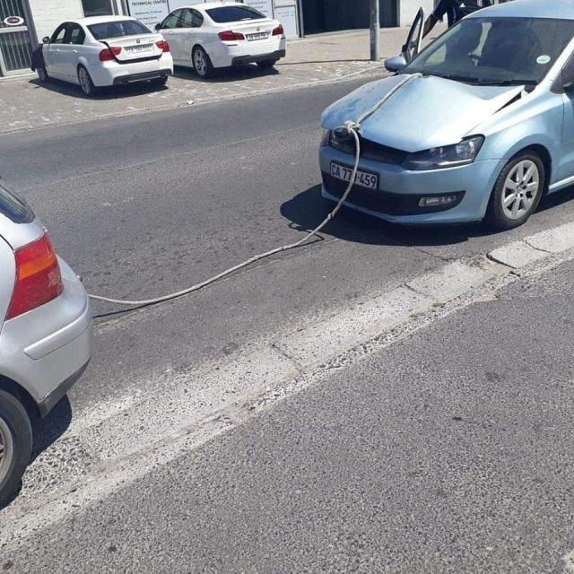 Tug Car Fail (2 pics)