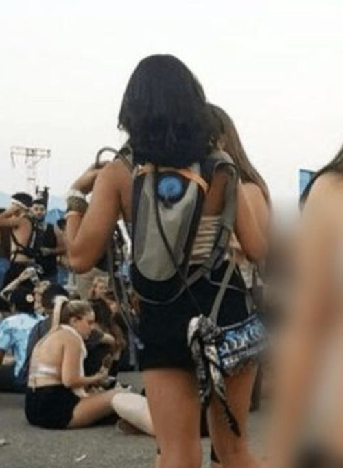 When Did Raves Become Peep Shows (30 Pics)