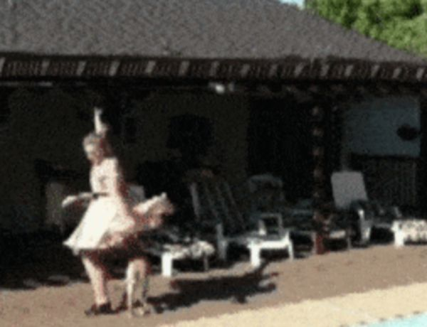 Your Attempt To Be Sexy - Failed (20 GIFs)
