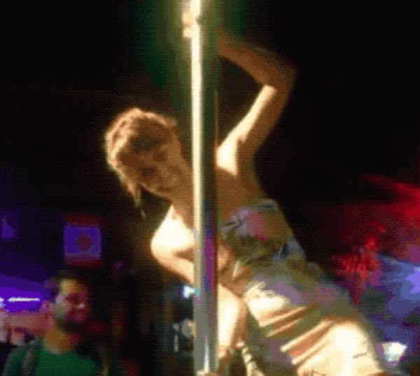 When Pole Dancing Goes Wrong (18 gifs)