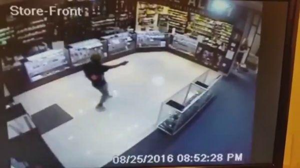 Smoke Shop Shootout. Employee Returns Fire While Smoking (Video)