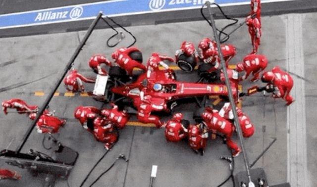 Formula 1 GIFs (18 gifs)