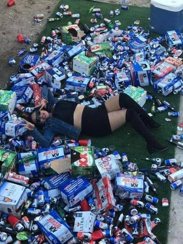 Totally Wasted (40 pics)