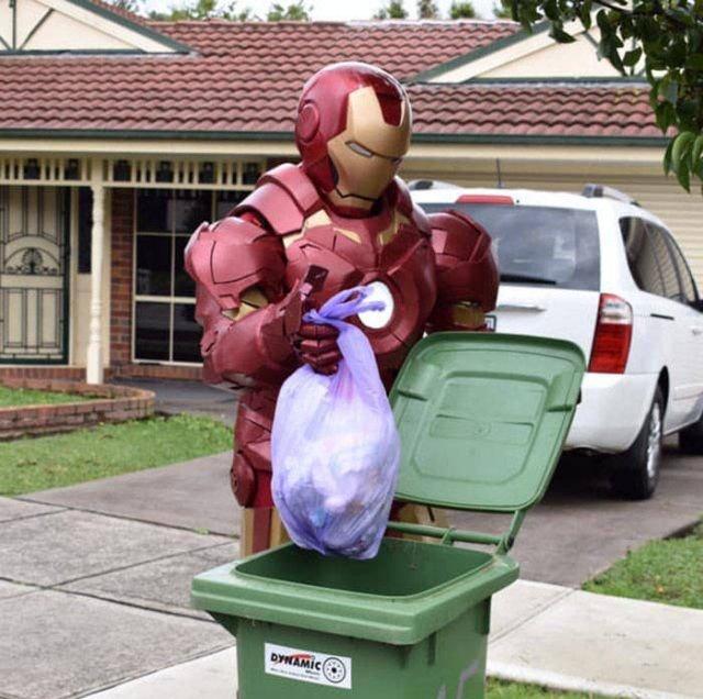 Australians Take Part In Bin Challenge (29 pics)