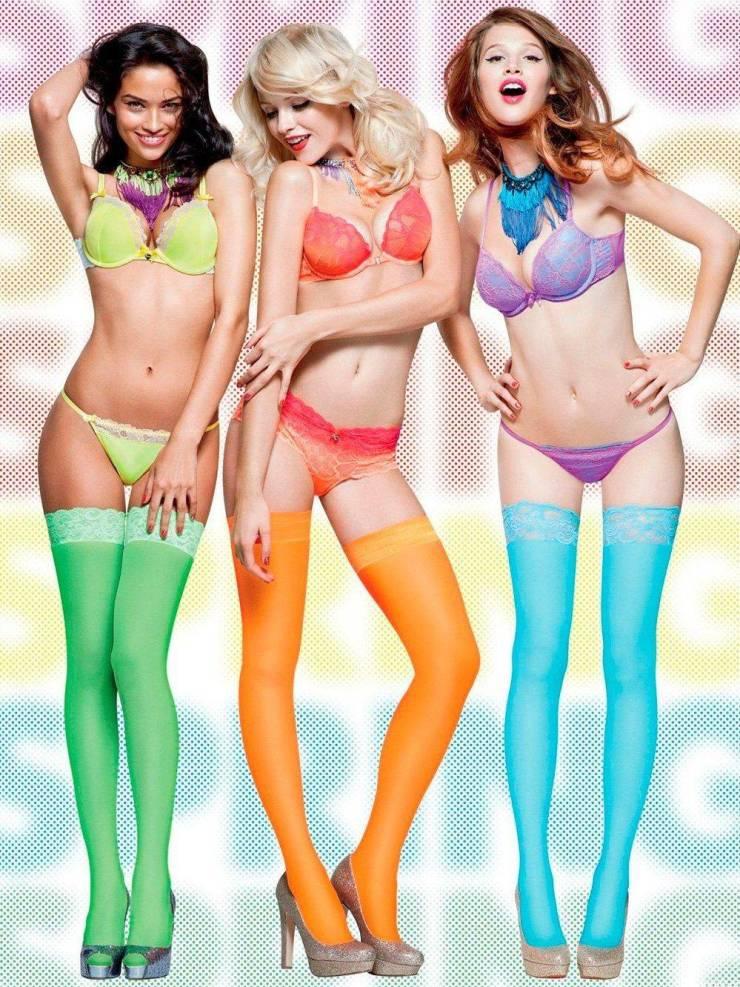 Lingerie Girls (50 pics)