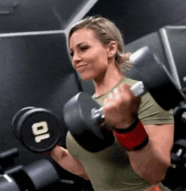 Girls That Earn Their Body In The Gym     (42 Pics + GIFs)