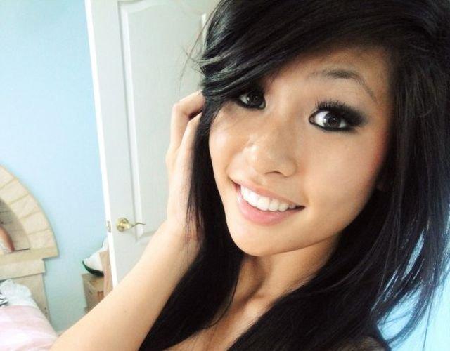 Asian Beauties (52 pics)