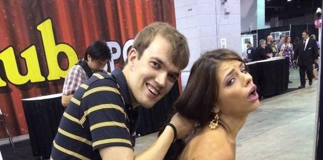 The Best Pornstar Fan (22 pics)