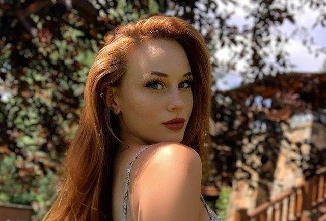 Redhead Beauties (47 pics)