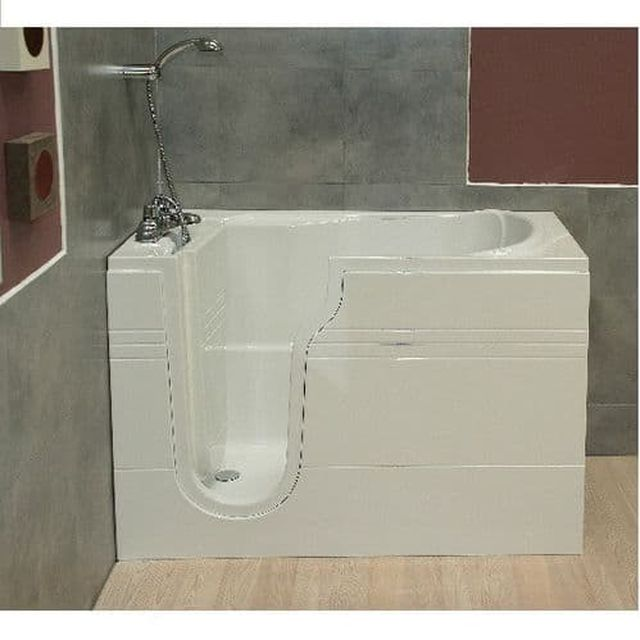 Advantages Of Installing A Walk-In Bath For Seniors Or People With Disabilities