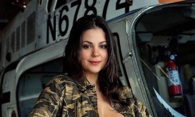 Military Girls (28 pics)