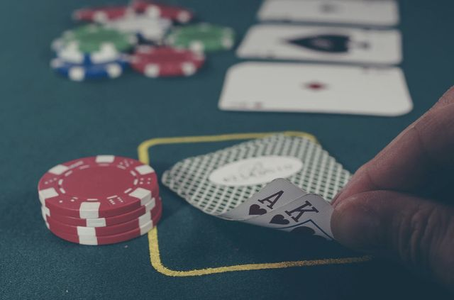 What to Put into a Casino Review? Share Your Gambling Experience