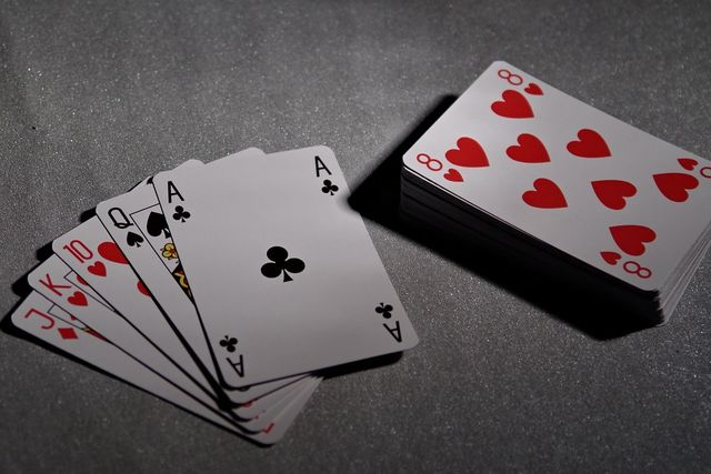 Patience Or Rush: How Should You Play Your First Poker Hand?