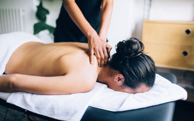 Physiological effects of body-to-body massage